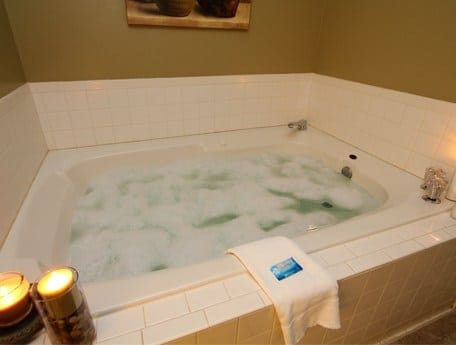A bubbling Jacuzzi tub in a Gatlinburg condo.
