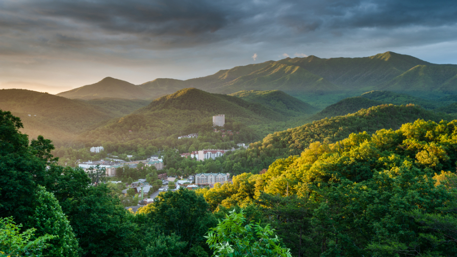 5 Top Reasons Why Our Condos in Gatlinburg TN are a Better Value than a Hotel