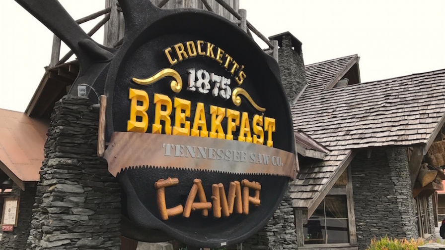 Top 5 Places for the Best Breakfast in Gatlinburg You Don't Want to Miss